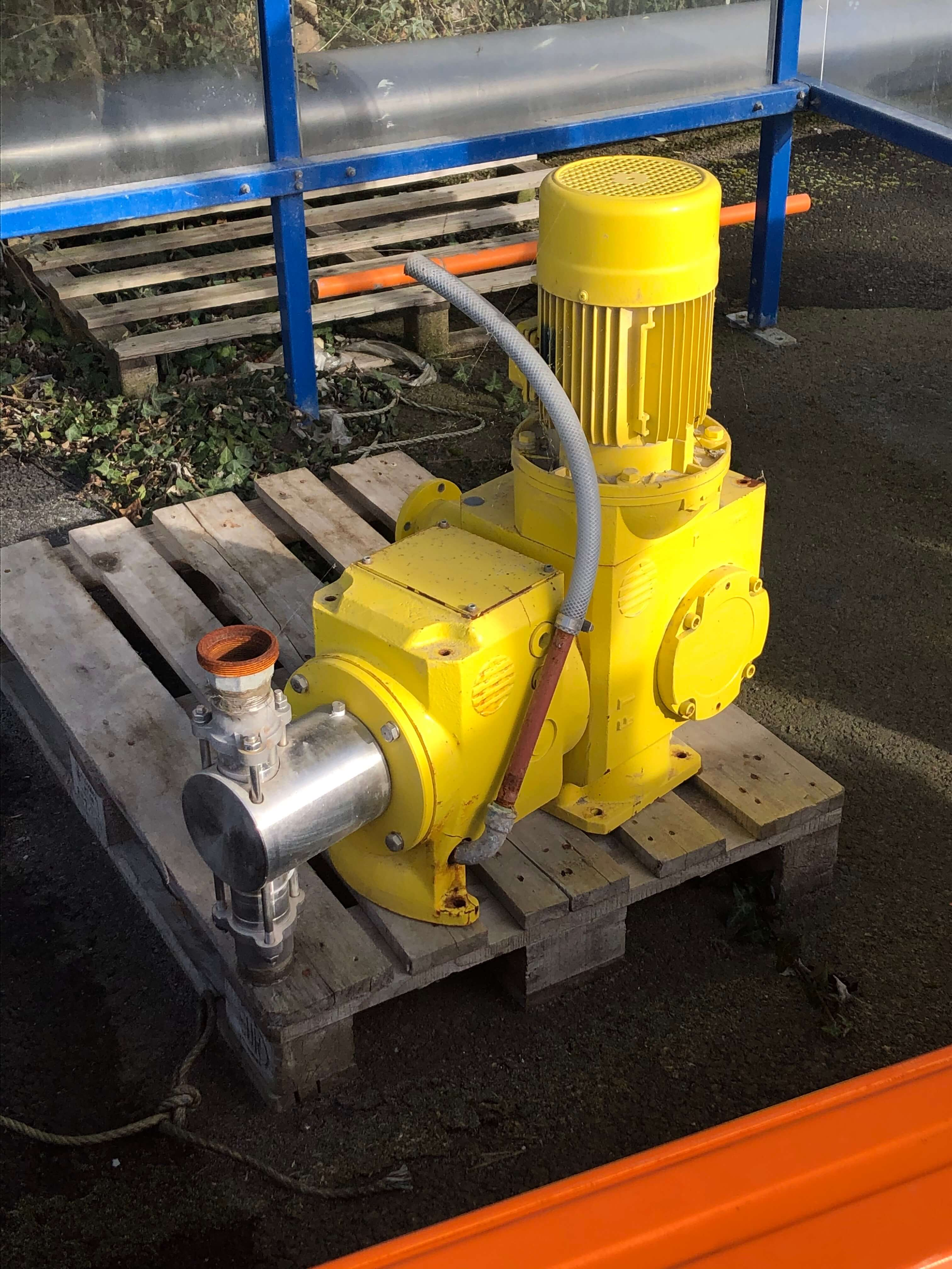 Milton roy -  Metering pump