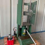Carver laboratory press - Model M