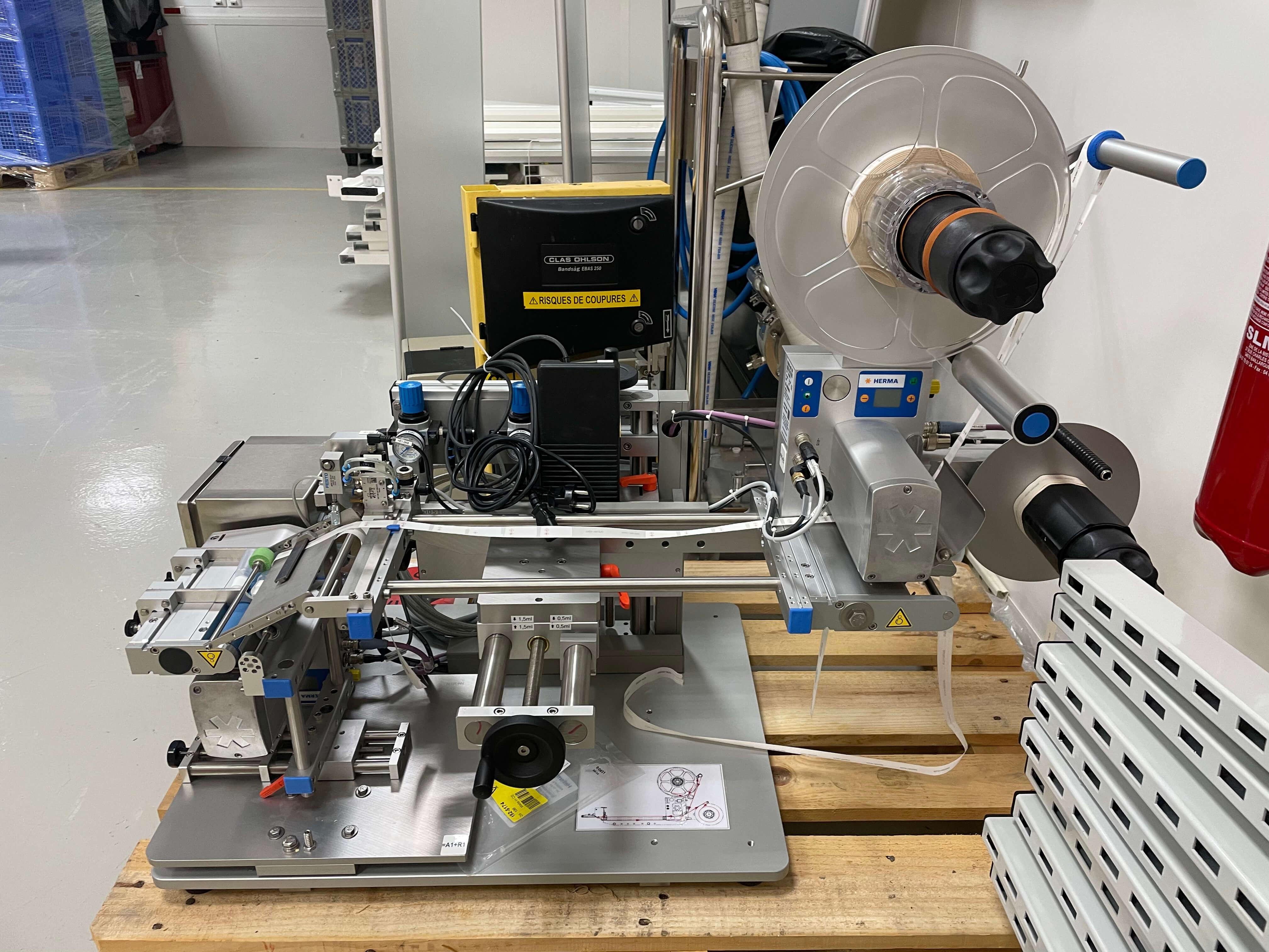 Herma 400 16R - Étiqueteuse semi automatique